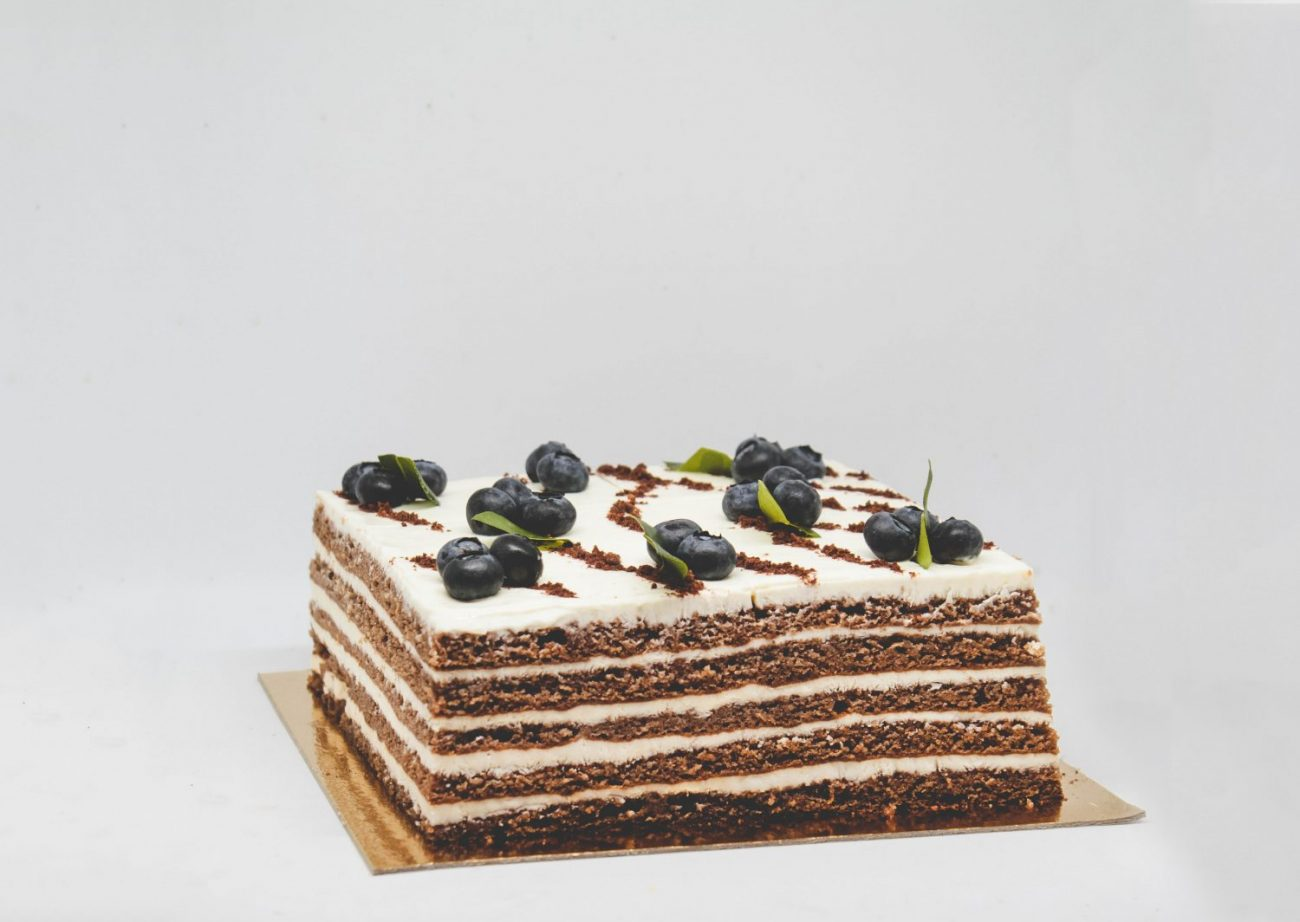 bird berry cake heftiba